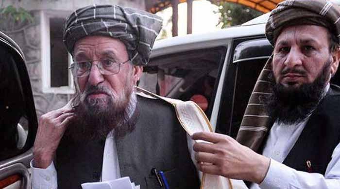 سمیع الحق قتل کیس: مولانا کا ڈرائیور پولی گرافی ٹیسٹ میں جھوٹ بولتا رہا، ذرائع
