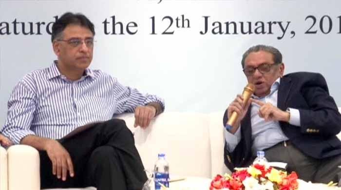 گیس بحران، ٹیکس معاملات: کراچی کے تاجر وزیرخزانہ کے سامنے پھٹ پڑے