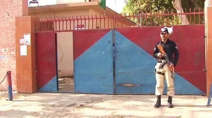 کراچی کے 7 تھانوں کے انتظامی معاملات مختلف اضلاع کے سپرد