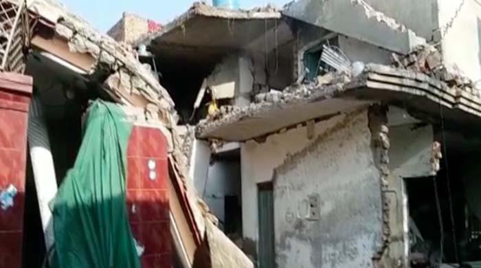 سرگودھا میں گیس سلنڈر دھماکا، مکان کی چھت گرنے سے 4 افراد زخمی