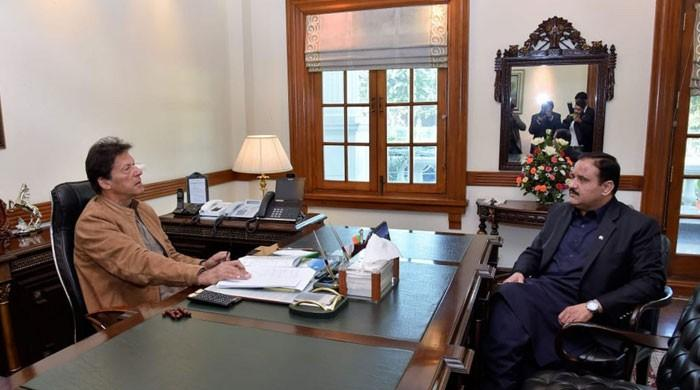 وزیراعلیٰ پنجاب کی وزیراعظم کو سانحہ ساہیوال کی تحقیقات میں پیشرفت پر بریفنگ