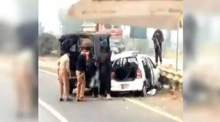 سانحہ ساہیوال:'پنجاب فارنزک لیبارٹری بھیجا گیا اسلحہ واقعے میں استعمال نہیں ہوا'