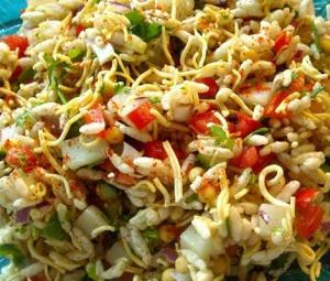 افطار میں مختلف ذائقے کا لطف اٹھائیں، بھیل پوری چاٹ بنائیں