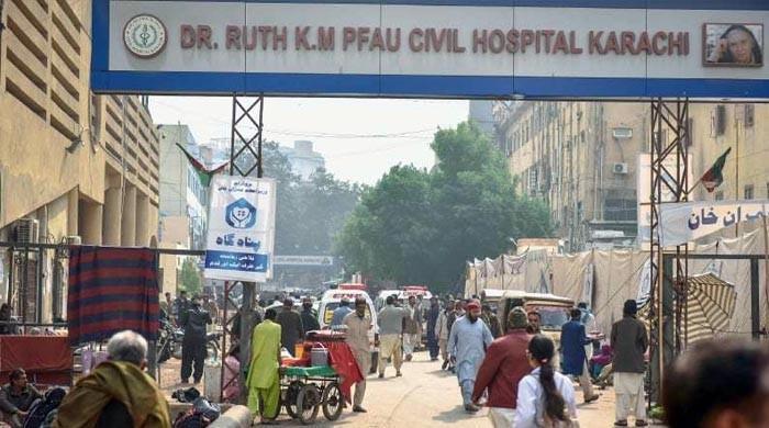 سول، جناح، آغا خان سمیت دیگر اسپتالوں کے روڈ فوری کلیئر کرنے کا حکم