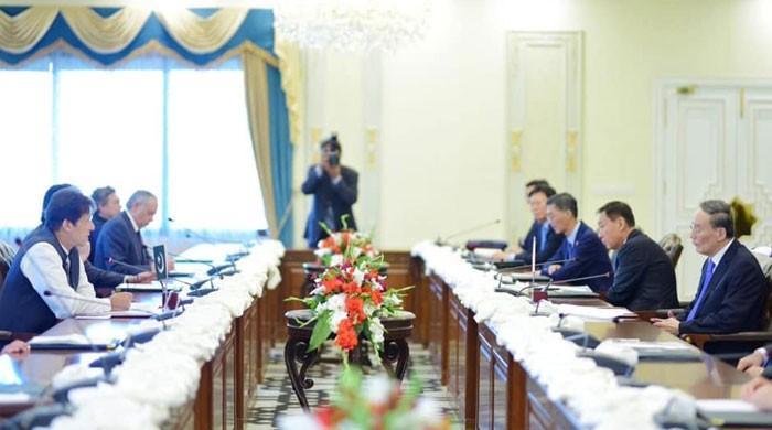 پاکستان اور چین کے درمیان مختلف شعبوں میں تعاون کی یادداشتوں پر دستخط