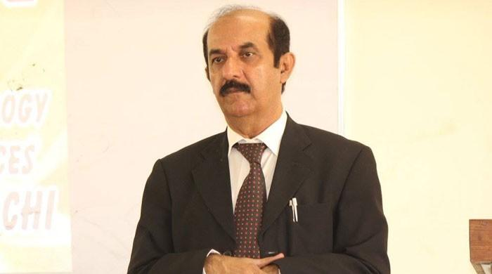 سندھ یونیورسٹی کے وی سی ڈاکٹر فتح برفت مبینہ کرپشن اور بے قاعدگیوں پر معطل