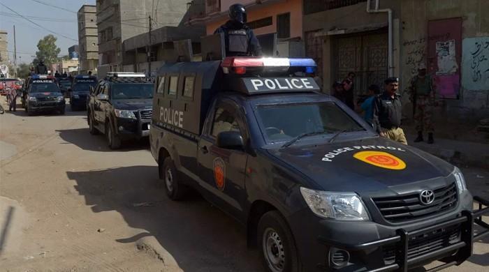 کراچی کے علاقے اورنگی ٹاؤن میں 2 پولیس اہلکاروں کی ٹارگٹ کلنگ
