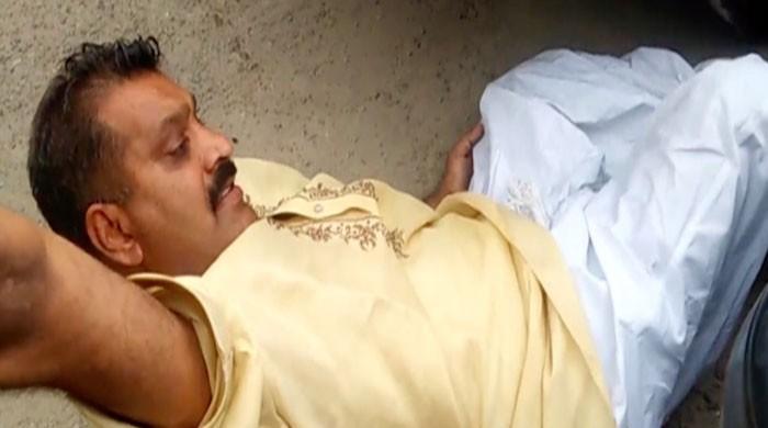 نواز شریف سے یکجہتی کیلئے جیل آنے والا کارکن شہباز شریف کی گاڑی تلے آکر زخمی
