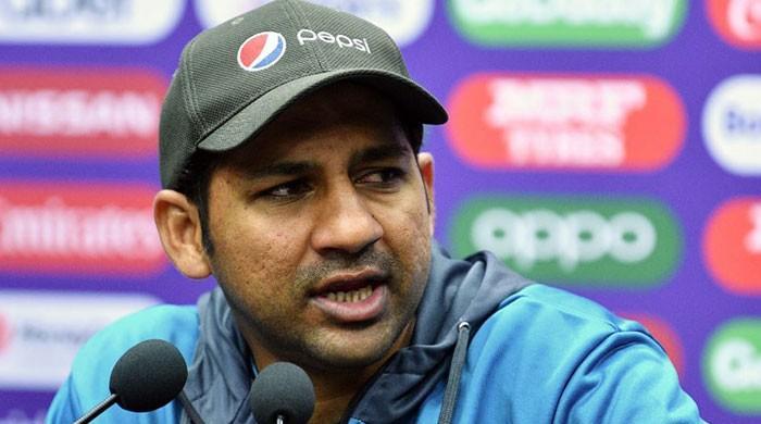 ہمارے ہاتھ میں کچھ نہیں، دیگر ٹیموں پر انحصار کر رہے ہیں: سرفراز احمد