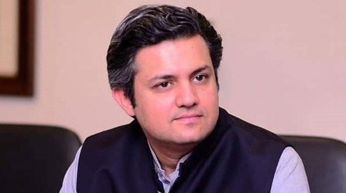 حماد اظہر کو وفاقی وزیر ریونیو کا قلمدان دے کر اگلے روزہی واپس لے لیا گیا