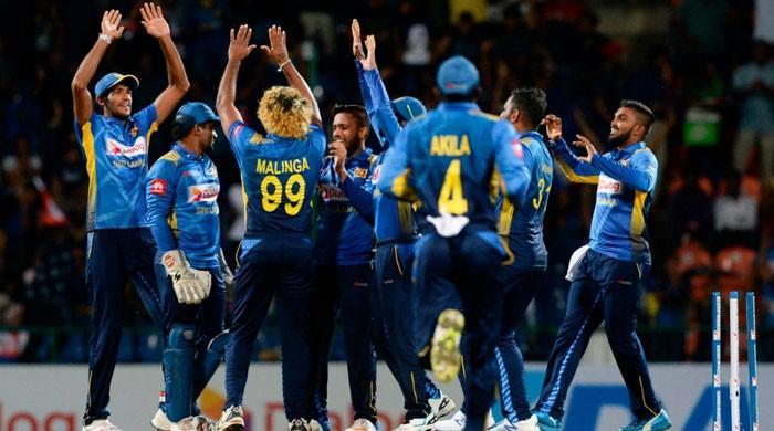 سری لنکن کرکٹ بورڈ سینئر کھلاڑیوں کو پاکستان آنے کیلئے قائل نہ کرسکا