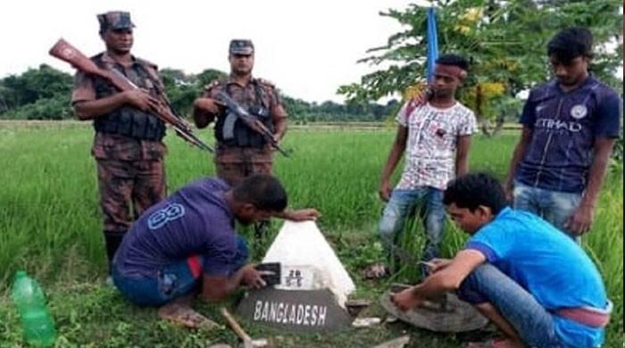48 سال بعد بنگلادیش نے سرحد پر نصب پلرز سے پاکستان کا نام ہٹا دیا