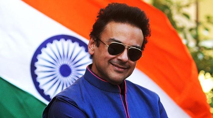 پاکستانی شہری ہوتے ہوئے ممبئی میں جائیداد کیوں خریدی؟ عدنان سمیع پر جرمانہ