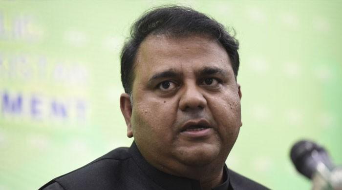 فواد چوہدری نے 'ڈپٹی وزیراعظم' بننے کی خواہش ظاہر کردی