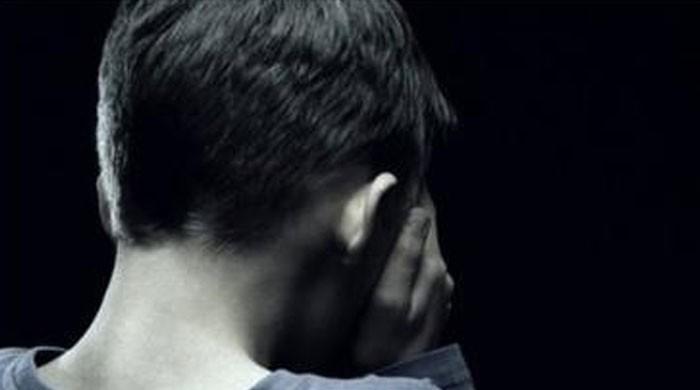 خاتون اسکول ٹیچر کی کمسن طالبعلم کے ساتھ زیادتی، ویڈیو بناکر بلیک میلنگ