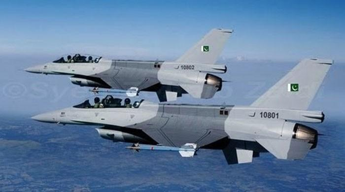 'پاکستانی لڑاکا طیاروں نے بھارتی طیارے کو ایک گھنٹے تک گھیرے میں لیے رکھا'