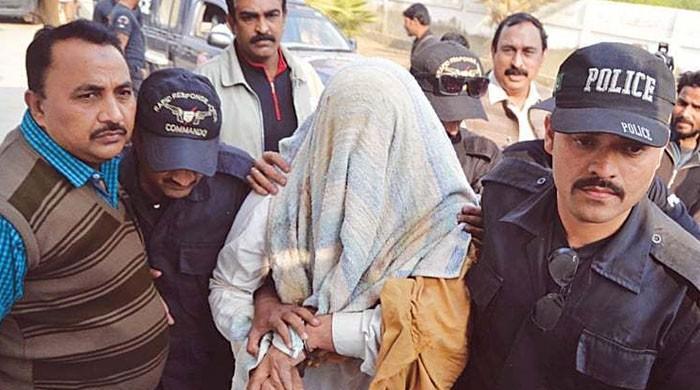 کراچی سے گریڈ 14 کا ٹارگٹ کلر گرفتار