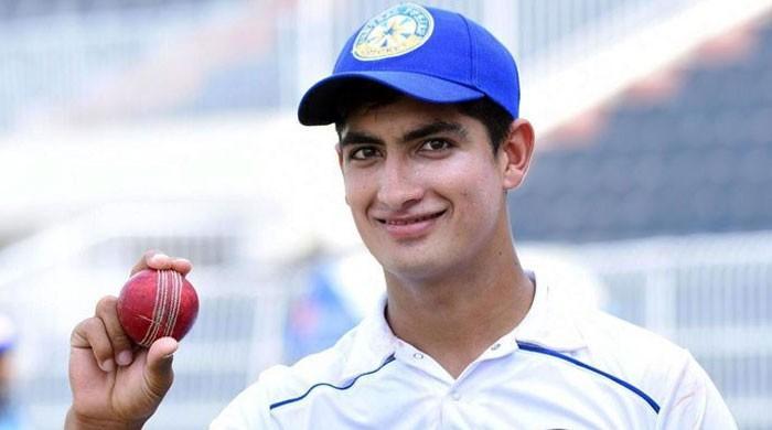 پاکستان کرکٹ ٹیم میں شامل 16 سالہ فاسٹ بولر نسیم شاہ پر غم کا پہاڑ ٹوٹ گیا