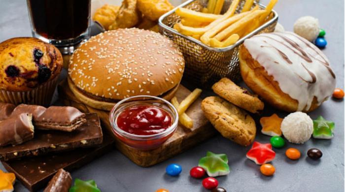 وہ غذائیں جن سے آپ کی زندگی کو خطرات لاحق ہوسکتے ہیں