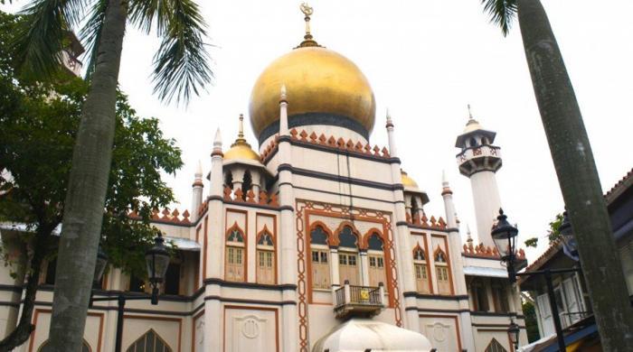 سنگا پور کی مسجد بے گھر افراد کا سہارا بن گئی