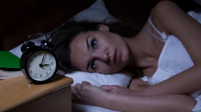 نیند پوری نہ ہونے سے آپ کو کن مسائل کا سامنا کرنا پڑ سکتا ہے؟