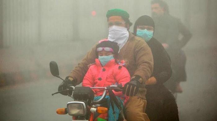 پنجاب میں اسموگ خطرناک حد سے تجاوز، مصنوعی بارش کرانے کی تجویز