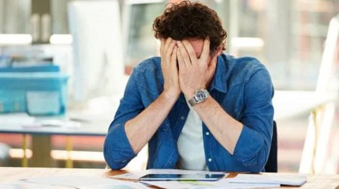 ذہنی تناؤ بڑھانے والی 5 ایسی عادتیں جو آپ میں بھی ہوسکتی ہیں