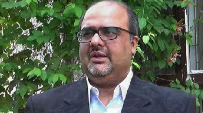 نواز شریف واپس آئے تو جیل میں ان سے دیگر  قیدیوں جیسا سلوک ہوگا، شہزاد اکبر
