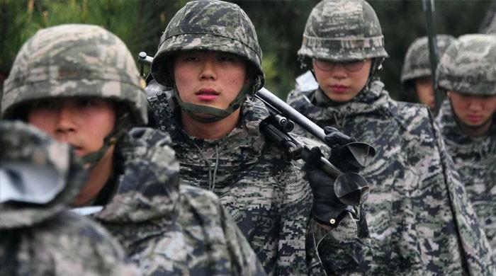 فوجی افسر نے جنس تبدیل کرالی، حکام سرپکڑ کر بیٹھ گئے