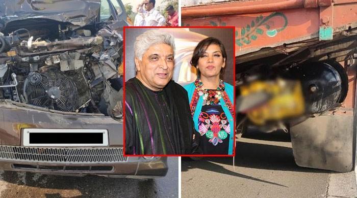 شبانہ اعظمی اور جاوید اختر کی گاڑی کو خوفناک حادثہ