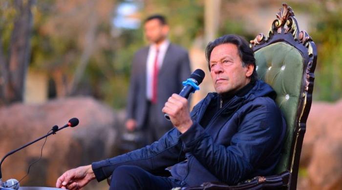 کیا وزیراعظم عمران خان انڈر پریشر ہیں؟