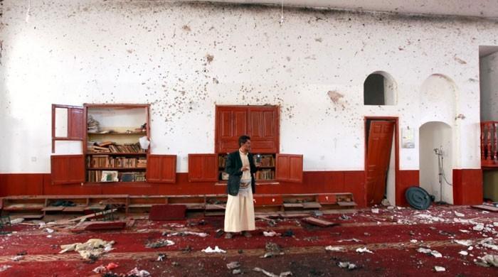 یمن میں فوجی کیمپ کی مسجد پر میزائل حملہ، 80 اہلکار جاں بحق