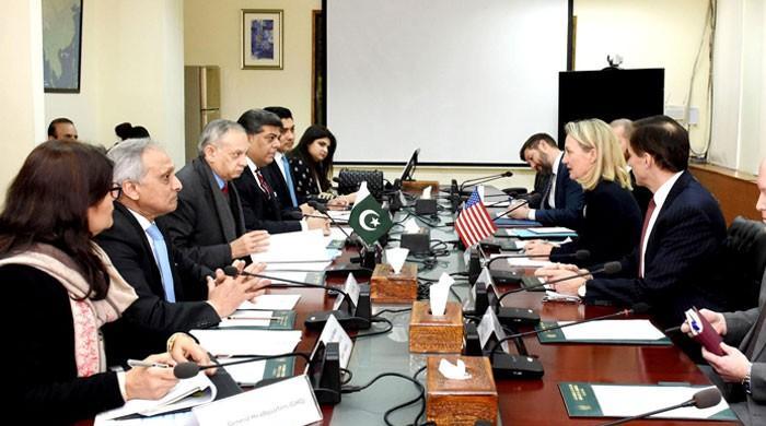 امریکی نائب وزیر خارجہ کی مشیر تجارت سے ملاقات، تجارتی حجم بڑھانے کا عزم