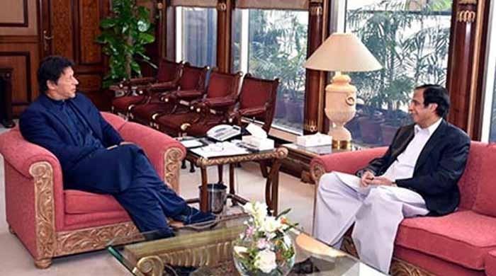 عمران خان اور پرویز الٰہی میں کشیدگی، ملاقات کی کوششیں ناکام