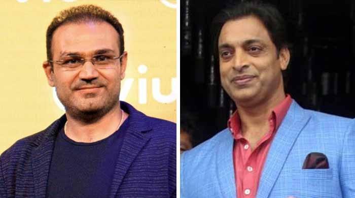 شعیب اختر نے بھارتی کرکٹر سہواگ کی بولتی بند کردی