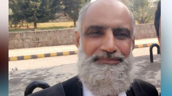 لاپتہ افراد کے مقدمات کی پیروی کرنے والے کرنل (ر) انعام الرحیم رہا
