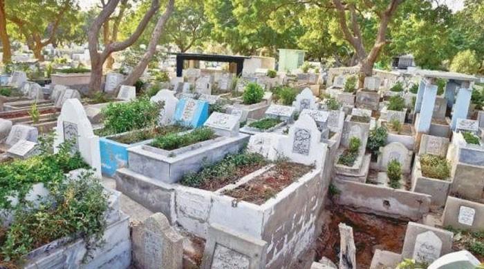 قبروں کی قیمتوں میں اضافہ، غریب کیلئے مرنا بھی مشکل ہو گیا