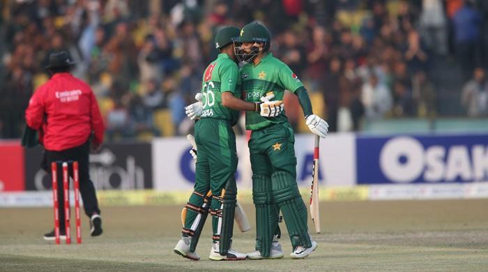 دوسرے ٹی ٹوئنٹی میں بھی بنگلادیش کو شکست، پاکستان کو فیصلہ کن برتری حاصل