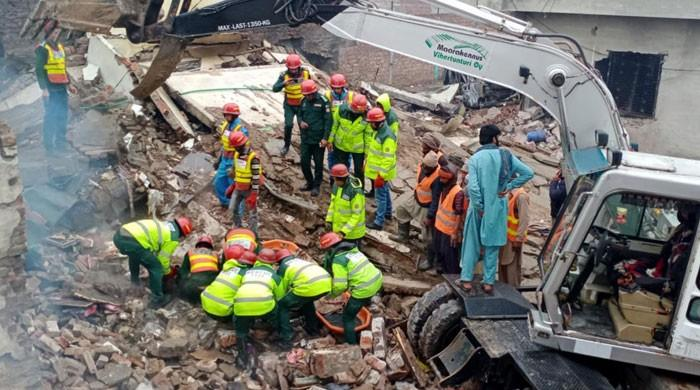 لاہور میں پرفیوم بنانے والی فیکٹری میں آتشزدگی سے ہلاکتوں کی تعداد 11 ہوگئی