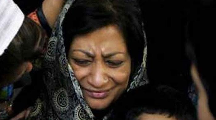عمران فاروق قتل کیس: شمائلہ فاروق بیان ریکارڈ کراتے ہوئے آبدیدہ ہو گئیں