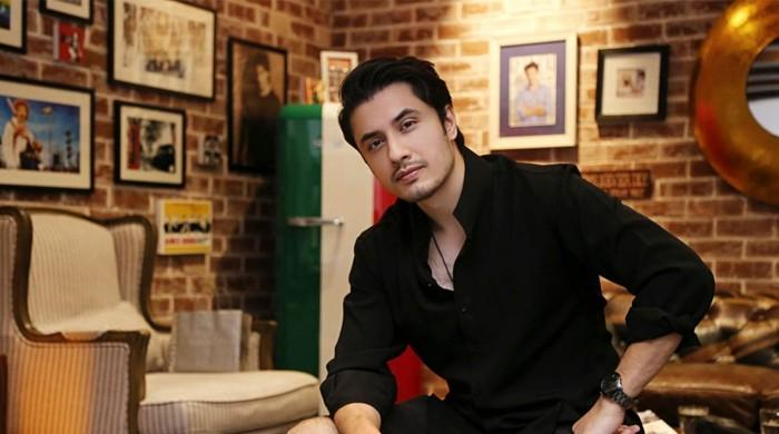 علی ظفر نے نوجوان فنکاروں کی صلاحیتوں کو نکھارنے کا بیڑا اٹھا لیا