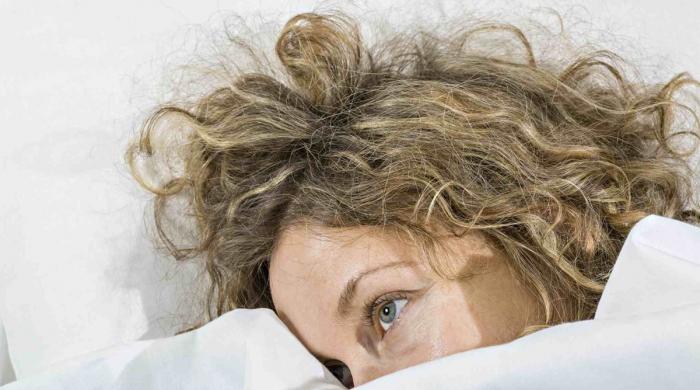 کیا آپ نے کبھی سوچا ہے کہ ہماری نیند کیوں متاثر ہے؟