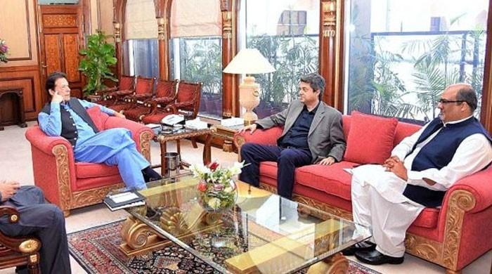 کیا عمران خان کے وزیر خودسر ہیں؟