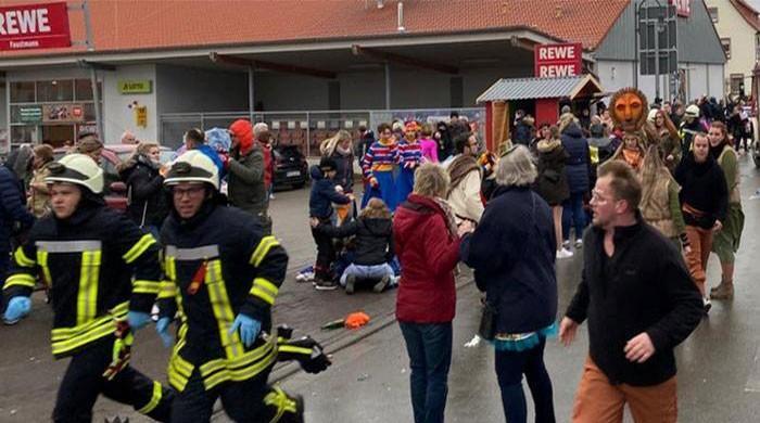 جرمنی: کارنیول پریڈ میں کار سوار نے لوگوں کو کچل دیا، 52 افراد زخمی
