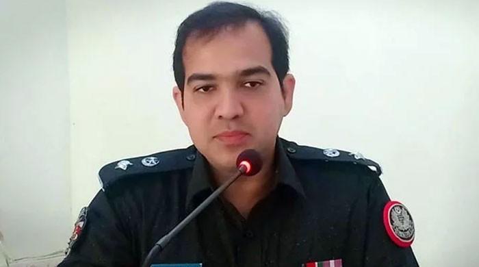 سعید غنی اور امتیاز شیخ سے خطرہ ہے: ایس ایس پی ڈاکٹر رضوان کا آئی جی سندھ کو خط