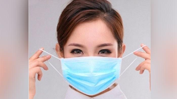 مارکیٹ میں ماسک نہ ہوں تو گھر بیٹھے ٹشو سے ماسک تیار کریں
