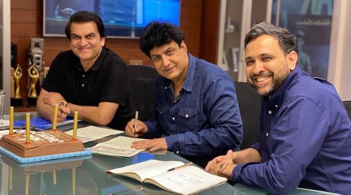 صفِ اول کے ڈرامہ نگار خلیل الرحمان قمر کی جیو ٹی وی کے ساتھ خصوصی وابستگی