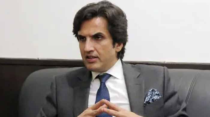وفاقی وزیر خسرو بختیار کیخلاف نیب انکوائری لاہور منتقل