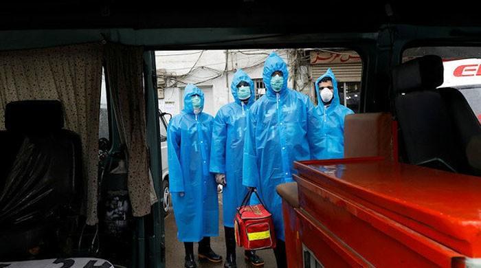 پاکستان میں کورونا سے مزید 5 اموات، ہلاکتیں 40 اور مریضوں کی تعداد 2583 ہوگئی