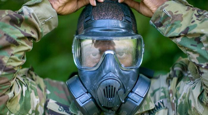 جانیے: کورونا وائرس کوئی بائیولوجیکل ہتھیار ہے یا کسی سازش کا نتیجہ؟